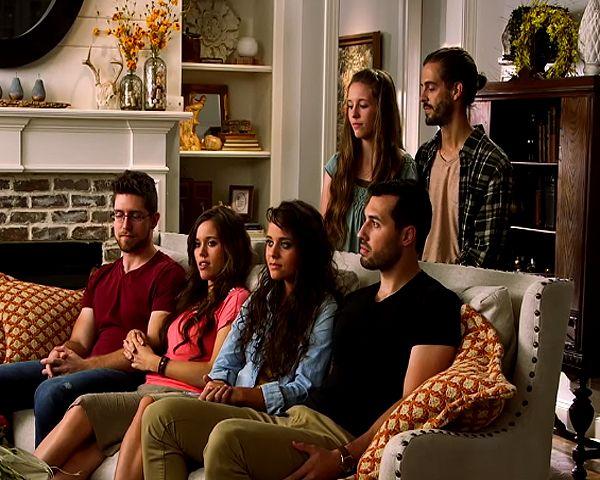 Duggar Family News: Next Season Of 'Counting On' Already Confirmed? - http://www.morningledger.com/duggar-family-news-next-season-of-counting-on-already-confirmed/13121177/