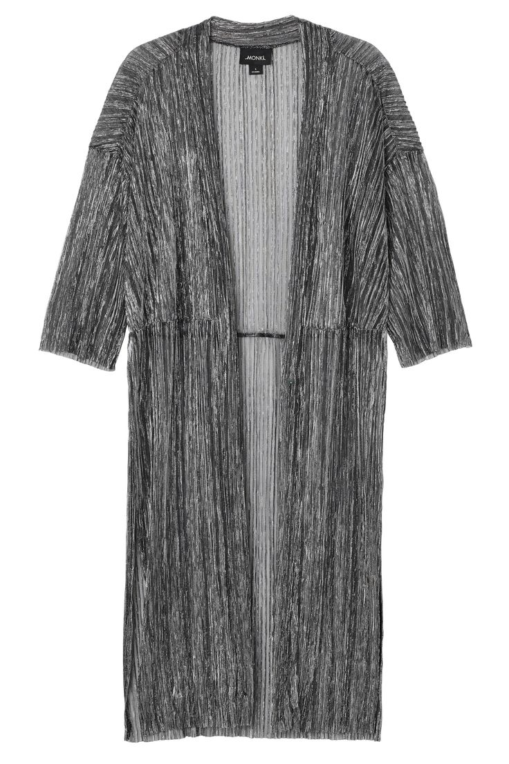 Glittery, silvery and floaty like a dream, this open kimono is shimmery, shear, concertinaed and ready to party whenever, wherever. Shine on Monki babes!  colour: silvery In a size small the chest width is 58 cm and the length is 110 cm. The model is 178 cm and is wearing a size small.