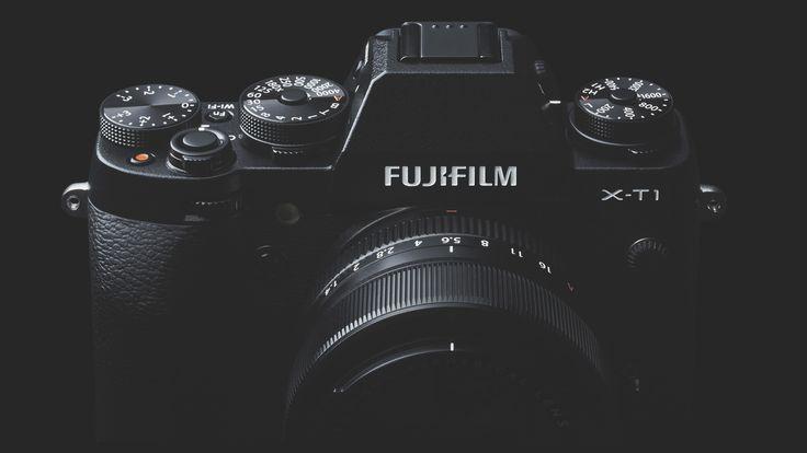 Fujifilm X-T1 – Mijn instellingen  Fujifilm maakt camera's voor mensen die houden van fotografie en alhoewel een Fuji camera zich ook prima thuis zal voelen in de studio, zijn ze met name geschikt voor reportagewerk. Je kunt dan denken aan trouwreportages, straatfotografie of andere vormen fotojournalistiek werk. Dit is te danken aan het kleine formaat van deze camera's in combinatie met het lichte gewicht.