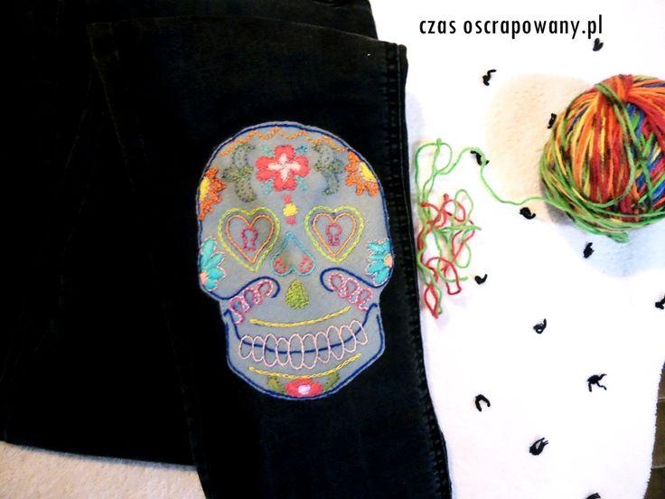 czas oscrapowany: Embroidered skull. Haftowana czacha.