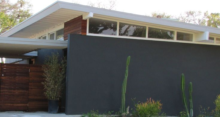 """""""Forever House"""" models - Fullerton Grove,  Fullerton -  Quincy Jones and Frederick E. Emmons - Joseph Eichler - modern-bungalow.c... LOVE the clerestory"""