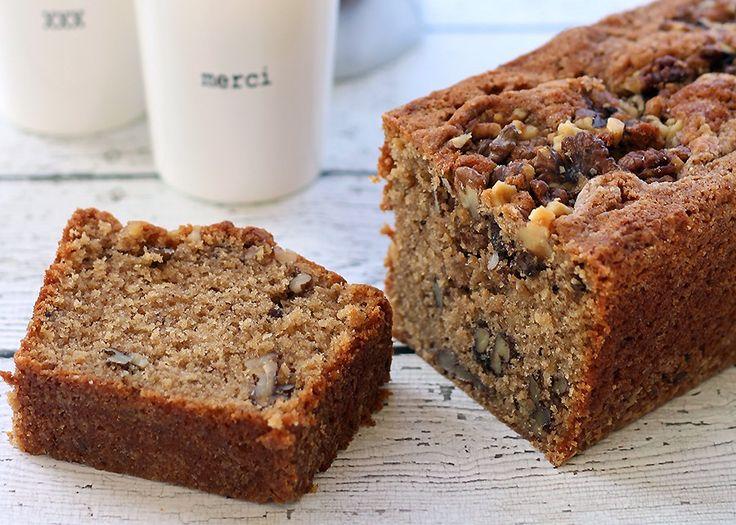 Ook deze week heeft zusterwebsite Culy.nl een heerlijk recept voor ons. Deze walnotencake met kaneel en vanille is de de ideale traktatie voor als er dit weekend visite komt. Of gewoon lekker aan het eind van de ochtend met een kopje koffie! Culy kreeg een zak walnoten opgestuurd van Notenpost.nl en ging daar direct mee […]