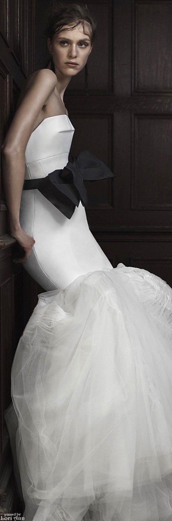 584 best {fashion} vera wang images on Pinterest | Short wedding ...