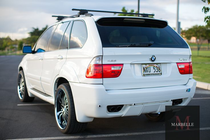 BMW X5 4.8is with rims and tires (wheels)