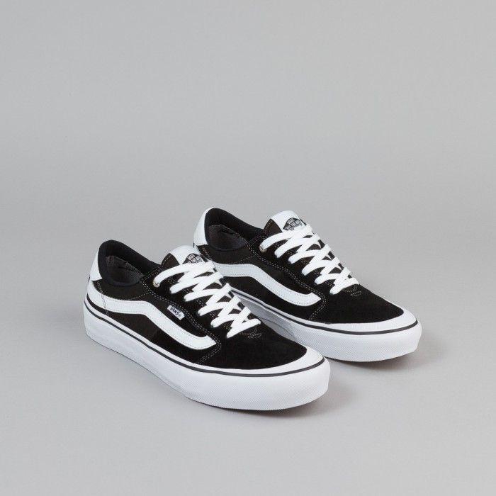 … Vans Style 112 Pro Shoes – Black / White …