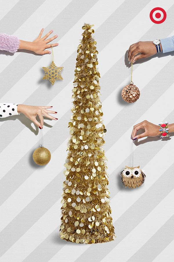It's all about gold on gold on gold this holiday season. From shimmering Christmas trees to sparkling ornaments, deck your halls, walls, tables, mantels and more with this timeless metallic hue.