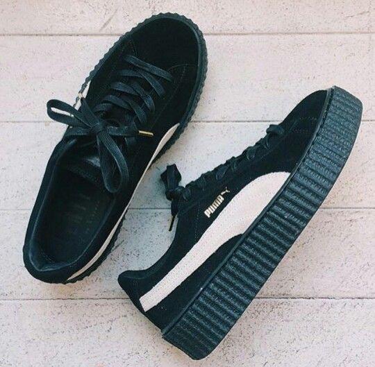 Black platform puma sneakers