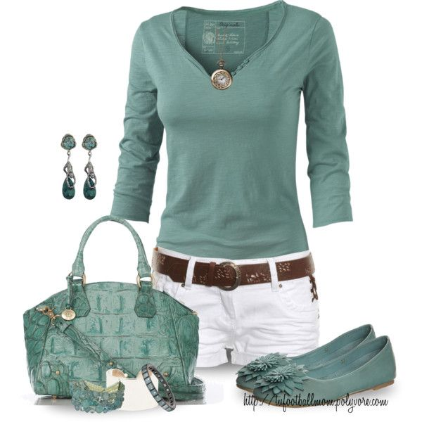 Cute Teal & White spring - summer outfit These shorts are too short for me but I would wear white jeans or crops instead.
