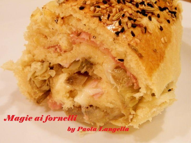 #Brioche salata ripiena, squisita,il ripieno potete variarlo se gradite ,io l'ho preparata così ed era fantastica : :) http://magieaifornelli.altervista.org/brioche-salata-ripiena/