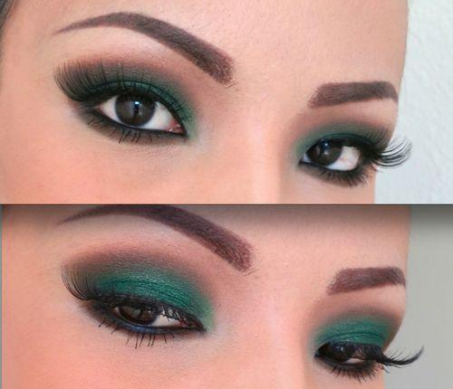 Cabello negro ojos verdes y culo profundo 9