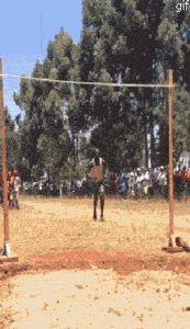 Et le champion du saut en hauteur est :