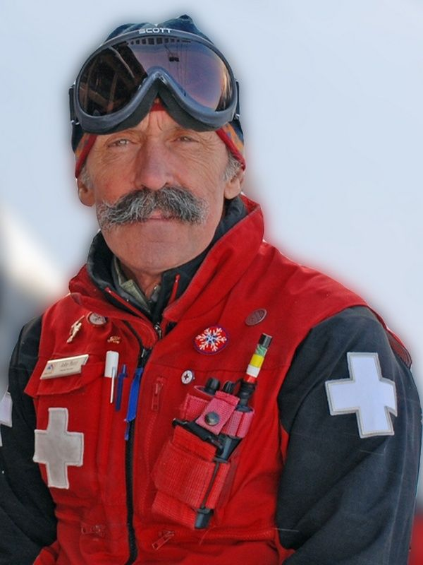 Schweitzer S Ski Patrol Director Retires After 45 Years