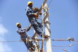Eligible customer rules release may shoot up electricity tariff: Babatunde Fashola, minister of Power, Works and Housing has said that…