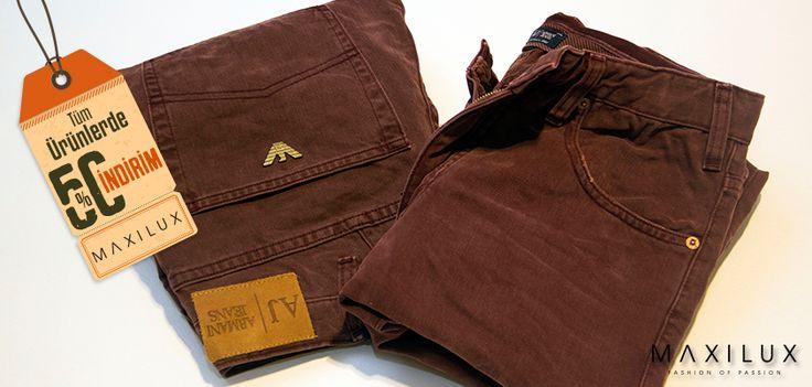 Normal bir jean mi, yoksa böyle iddialı bir Armani Jeans mi? smile ifade simgesi #Maxilux #Giyim #Marka #Moda #Fashion #Brand #AJ http://www.maxilux.com.tr/