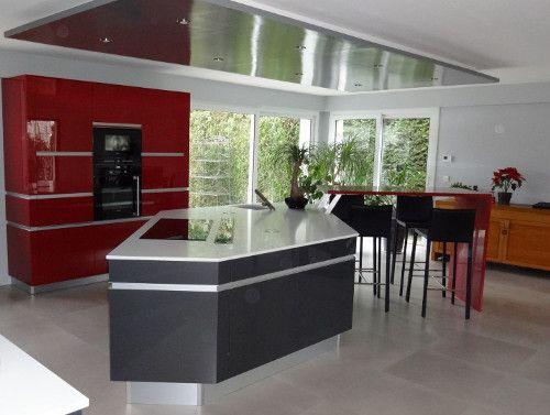 cuisine-ilot-acrylique-thionville