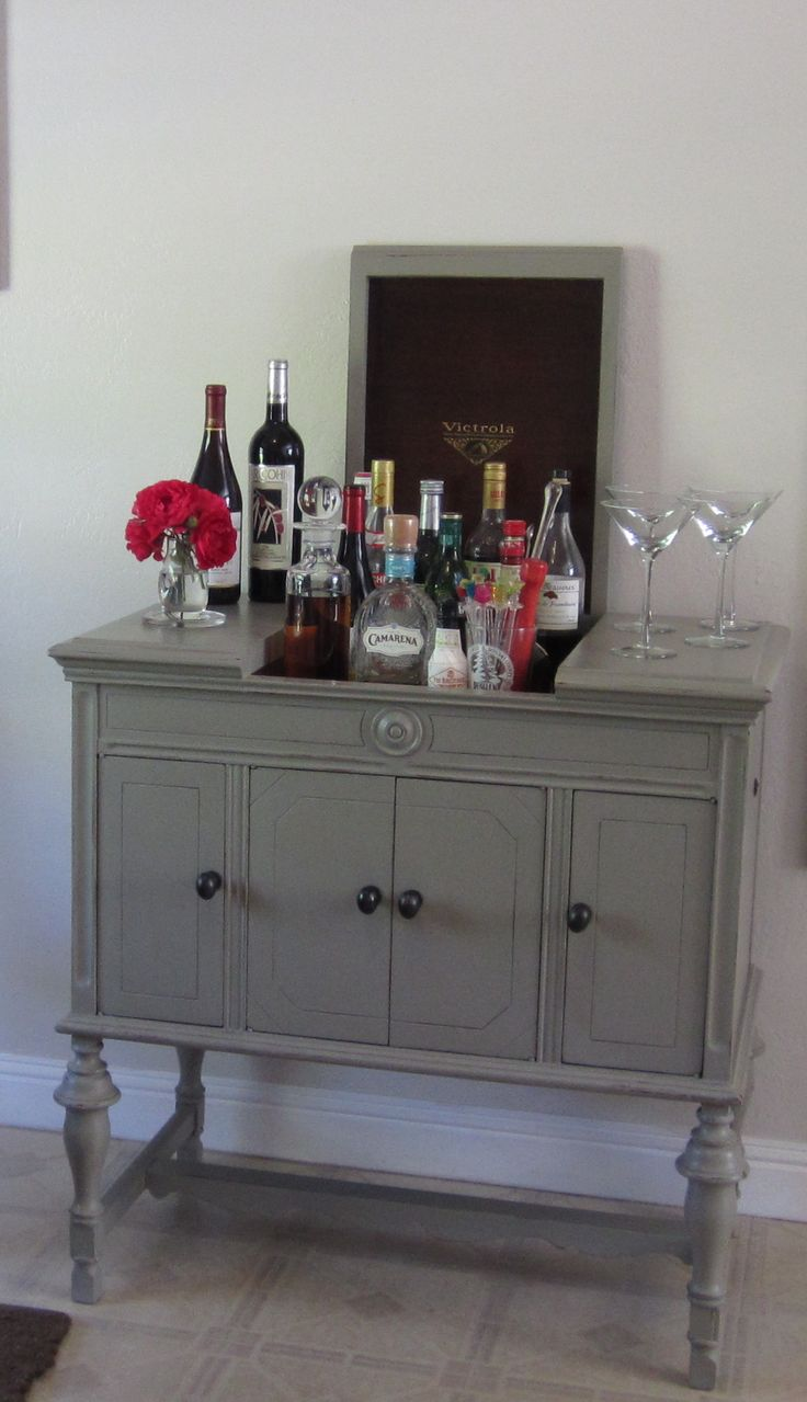 Antique Victrola cabinet becomes a bar w/ - 9 Best Repurposing The Victrola Images On Pinterest Furniture