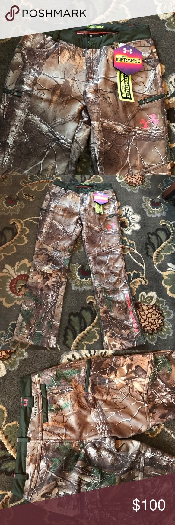 Under Armour Real tree camouflage pants Under Armour scent control 100% polyester semi fitted brand new never been worn very very nice Under Armour Pants