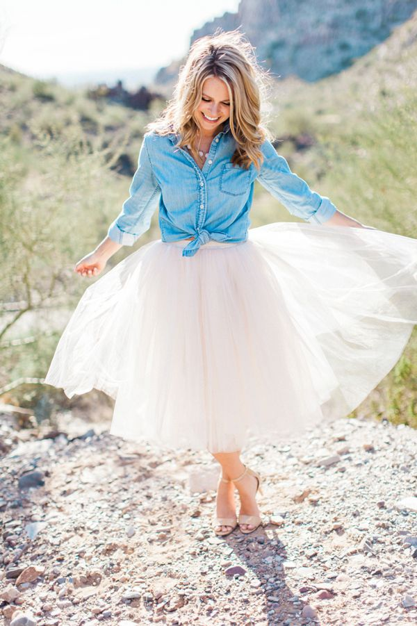 Pink tulle skirt and chambray engagement outfit.  Desert Engagement Photo by Pinkerton Photography