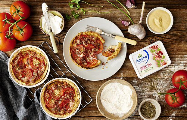 Tartinki z Boczkiem, Pomidorami i Apetiną Czosnek i Zioła