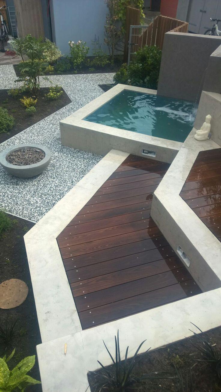 Sitzplatz, Holzterrasse, Modernes Gartendesign, Wasserbecken