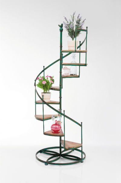 Ραφιέρα Steps Μια υπέροχη μικρή διακοσμητική σκάλα που λειτουργεί ως ραφιέρα- ανθοστήλη. Με σκελετό από λακαριστό σίδερο με τεχνητή παλαίωση και σκαλοπάτια από ξύλο έλατου.