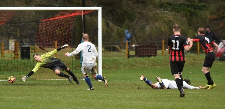 Keswick fire in five to reach the Westmorland Cup semi finals http://www.cumbriacrack.com/wp-content/uploads/2017/02/Nigel-McCombie-cant-stop-Richard-Bannisters-strike-for-Keswick-Ben-Challis.jpg On Saturday it was Quarter Finals day in the Westmorland FA Senior Challenge Cup, and three out of four of last years semi finalists progressed    http://www.cumbriacrack.com/2017/02/13/keswick-fire-five-reach-westmorland-cup-semi-finals/