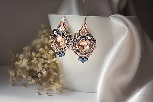 nikuske / Loarre - šujtášové náušnice   #nausnice #earrings #slovenskydizajn #handmadepodnikanie #handmade #fashion