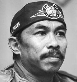 DP BBM Wajah Sang Guru Tarung Derajat
