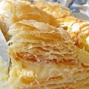 Торт «Наполеон» с апельсиновым кремом