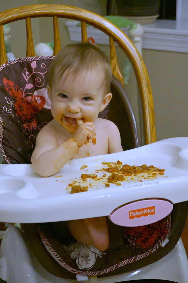 We started baby led weaning with Kaitlyn at 6 months old. She started with big pieces of food that were easy to grasp, like baked sweet potato sticks and steamed broccoli. At 7 months old she was getting more proficient and I started giving her smaller pieces of food to play with. Her pincer grip …
