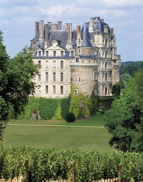 Château de Brissac dans le Maine et Loire  © Caharel-CDTA