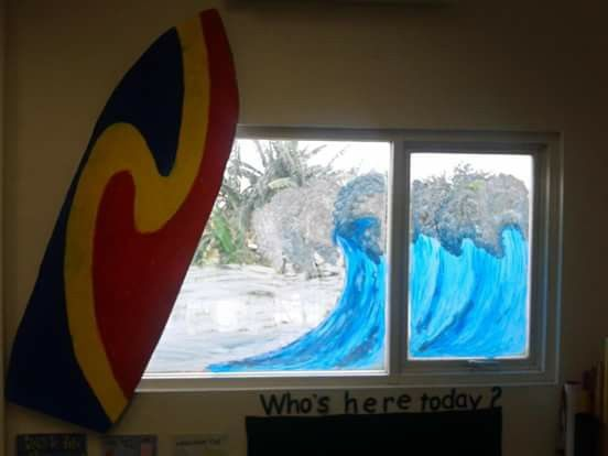 Our theme this time is Summer. So i hv made surfing board from the styrofoam or you can use recycle fridgerator box ascwell. For the wave on the window i painted using Tempera paint.