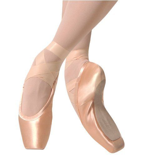 Gaynor Minden pointe shoes - the best there is..loved dancing  in these back in the day..