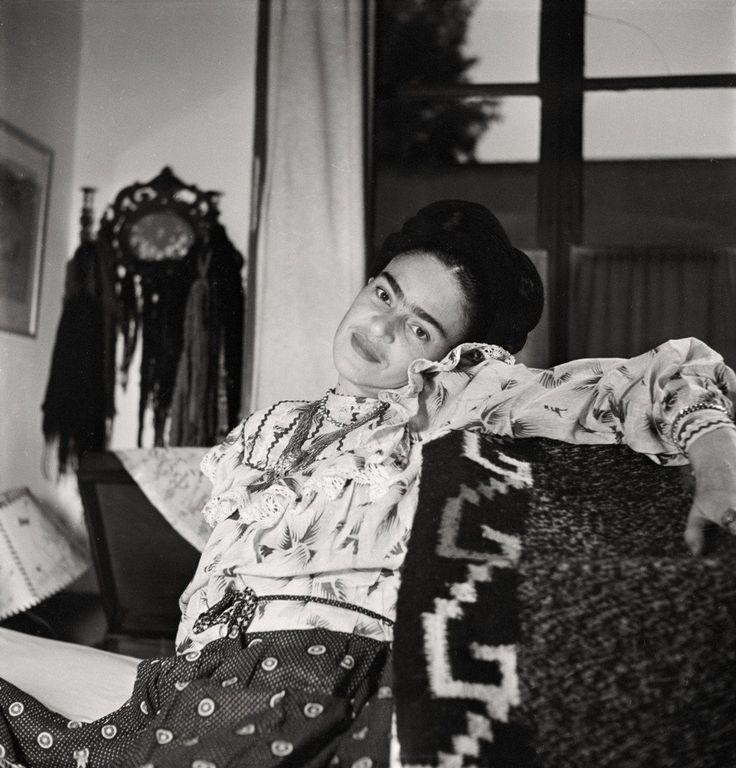 30 fotografías de Frida Kahlo que sólo los verdaderos admiradores conocen