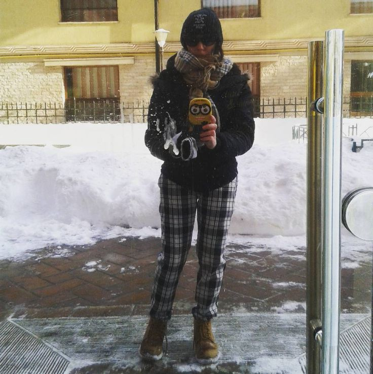 #checked_pants_outfit #plaid_pants-outfit #winter_outfit