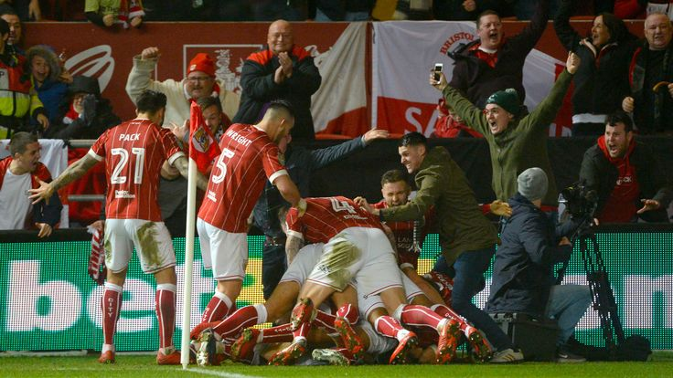 Bristol City's shock defeat of Manchester United in social and pictures #News #BristolCity #CarabaoCup #ClubNews #Football