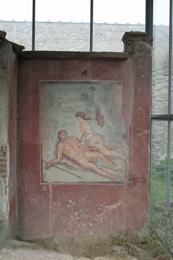 Pyramus and Thisbe, House of Loreius Tiburtinus, Pompeii   Flickr