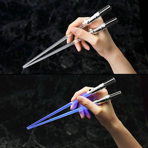 Kotobukiya brings a new twist to their popular line of Lightsaber Chopsticks with their new Luke Skywalker Light Up Version chopsticks! Don't use the fork, Luke, use these new illuminated Lightsaber C                                                                                                                                                                                 More