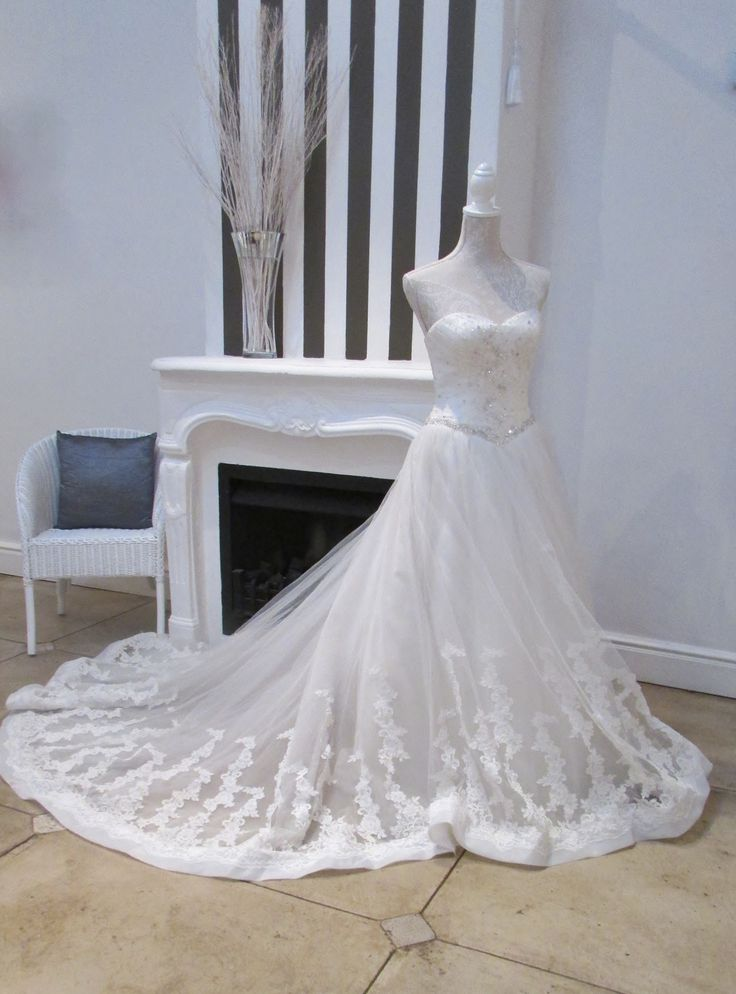 Love this dress.....very subtle beading...!