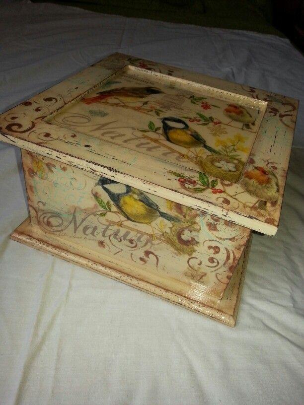 Caja de té, decoupage, stencil, sellos, resina