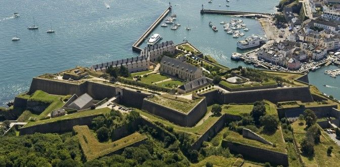 17 best images about vauban on pinterest bretagne aquitaine and belgium - Office tourisme fort de france ...
