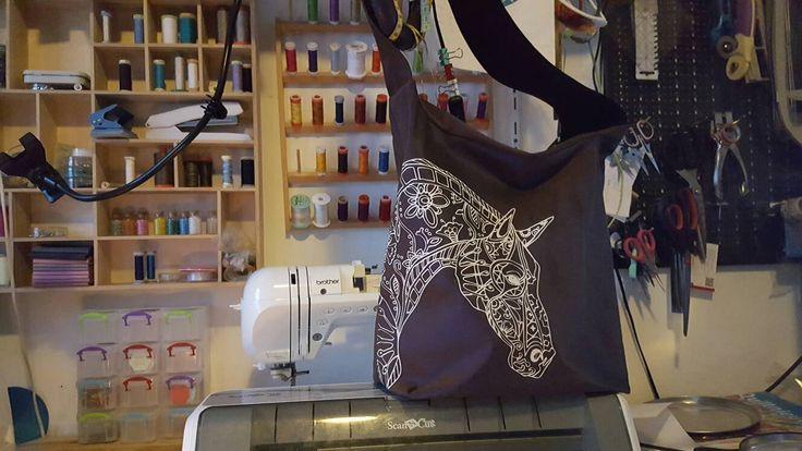 Paardentas, zen tas, grote tas met paardenprint door KwastKwijtenQuilts op Etsy