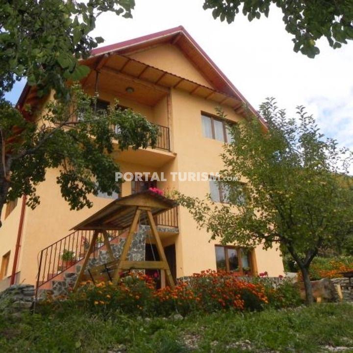 Pensiunea Patru Anotimpuri - Namaesti, Arges, Muntenia - Portal Turism