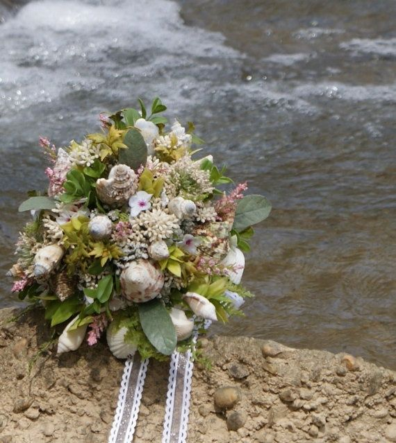 Beach Weddings Are Amazing And I Love Just These Fantastic Bouquets Choose Some Prett