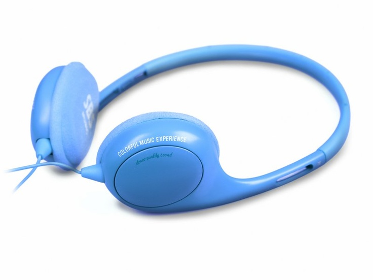 Stereo wired headphones Poliss Jack 3,5 mm with integrated answer key and microphone, Blue color. http://www.sbs-power.com/smartphone/voice-and-music_headset/759_stereo-headphones-poliss-for-mobile-phones_TE8CSH41B.html