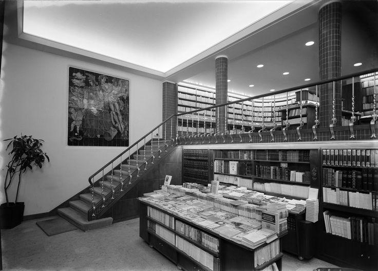 Jorge Barradas   Livraria / Bookstore Ática   1945 #Azulejo #JorgeBarradas