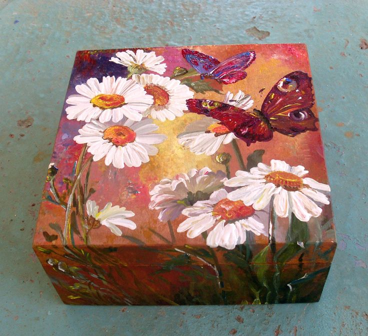 Wooden Keepsake Box - DAISIES AND BUTTERFLIES by allabouthandicraft on Etsy