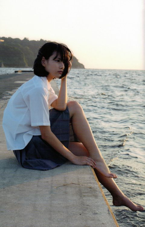 littletropicalthunder:  橋本愛