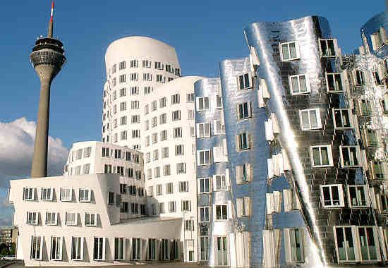 i palazzi in Hafen di Gehry