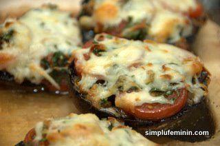 Ciuperci Portabella umplute (sau mini pizza vegetariana)   Simplu Feminin